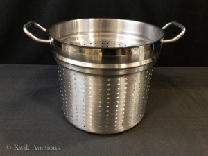 Perforated Steamer Insert (47204) - Fits 20 QT Stock Pots