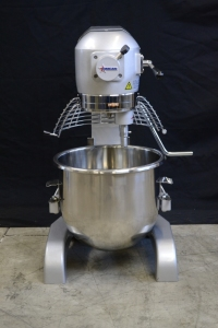 20qt Planetary Mixer with Bowl Guard, Hook, Whip, Paddle, #12 Attachment Hub, Omcan 20441