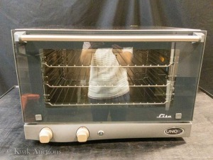 Unox Commercial Convection Oven - Model XAF013