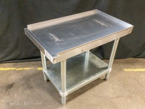 "18"" Wide x 31"" Deep Stainless Equipment Stand - 24"" High"