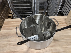 "Aluminum 14"""" Diameter Pasta Cooker Pot with 4 Stainless Steel Inserts"